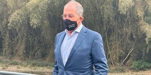 Fucking Quarantine: Символизм Лаврова зашкаливает