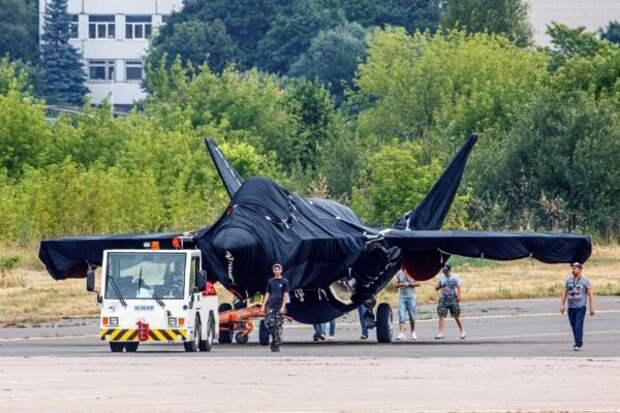 Россия представит новый истребитель на авиасалоне в Москве