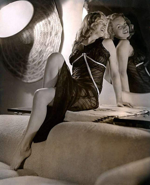 15 редких фото юной Мэрилин Монро