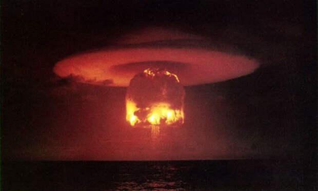 Самые мощные ядерные взрывы, заснятые на камеру