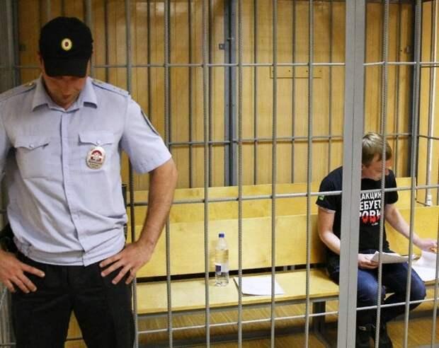 СК раскрыл детали обвинений против задержанных в связи с делом Голунова экс-полицейских
