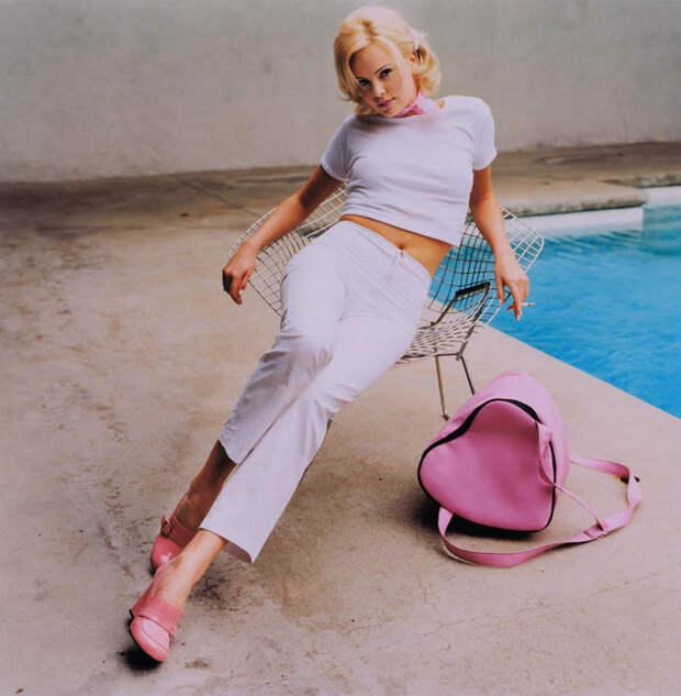 Шарлиз Терон (Charlize Theron) в фотосессии Регги Касагранде (Reggie Casagrande) (1996), фото 5
