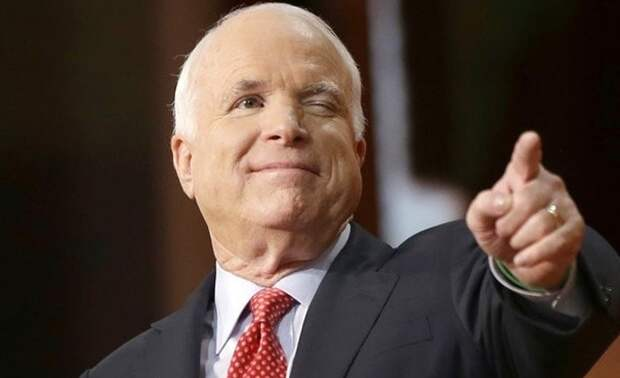 Умер сенатор Маккейн