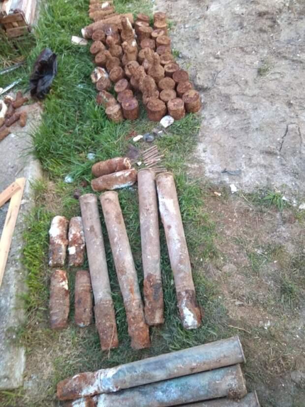 В Севастополе саперы МЧС обнаружили 120 взрывоопасных предметов