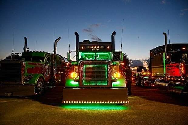 Шоу тюнингованных грузовиков Shell SuperRigs: искусство дальнобоя