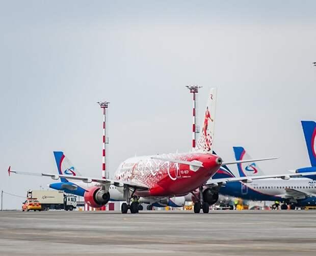 Все в Крым: сколько рейсов из Москвы примет аэропорт Симферополь в июле