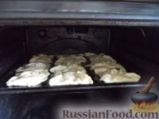 Фото приготовления рецепта: Хачапури из слоеного теста - шаг №7