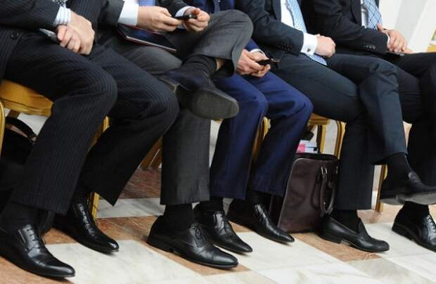 В России чиновникам резко повысят зарплату
