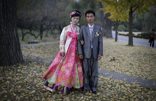 15 фотографий о традиционных свадебных платьях со всего мира