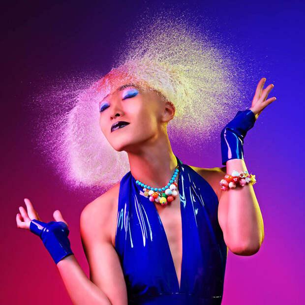 """Невероятные фото сделанные с помощью воды и света """"Водяные парики"""""""