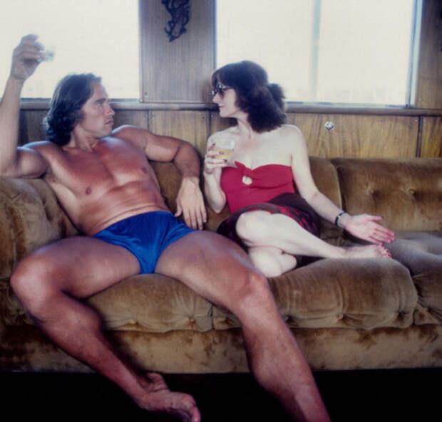 Арнольд Шварцнегер отдыхает на яхте в 1979 году  интересно, история, фото