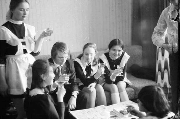 Выпускницы разных поколений: все познается в сравнении