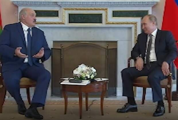 Путин и Лукашенко договорились о ценах на газ и кредитах, но политику решили не трогать