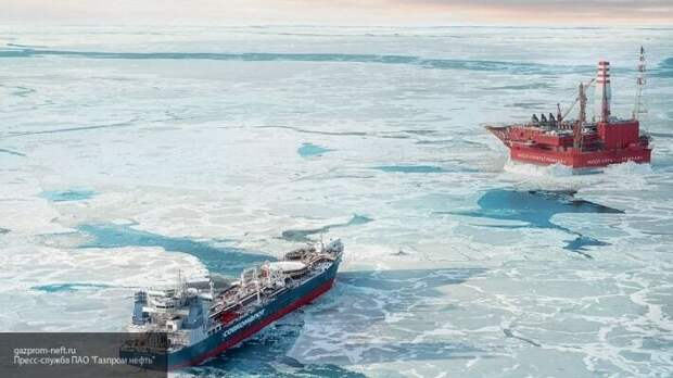 Арктика и Антарктика – новое поле боя: Вассерман предрек столкновения между Россией и США