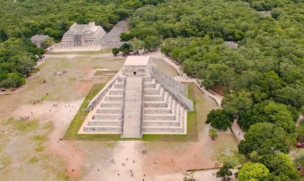 Под руинами Чичен-Ицы в Мексике археологи нашли «сокровище науки»