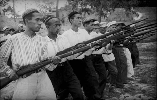 Как мусульмане СССР объявили священную войну Гитлеру