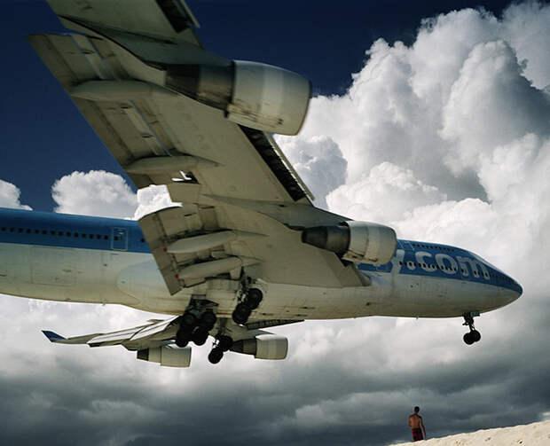 Махо Бич: Экстрим-отдых под крылом самолета