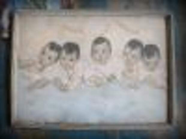Знаменитым пятерняшкам Дион исполнилось бы 80 лет в этом году