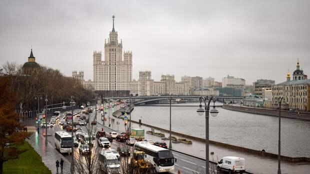 Москвичей предупредили о сильных дождях и похолодании на следующей неделе