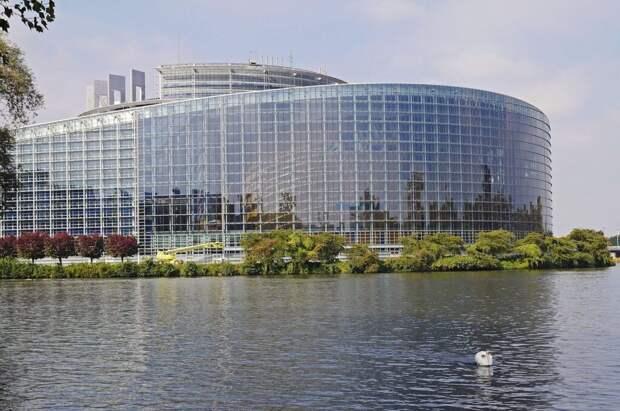 Европейский депутаты обвинили «Газпром» в рекордном росте цен на газ