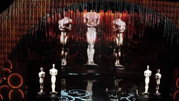 """""""Оскар"""" - гомосексуалист негр в инвалидной коляске"""