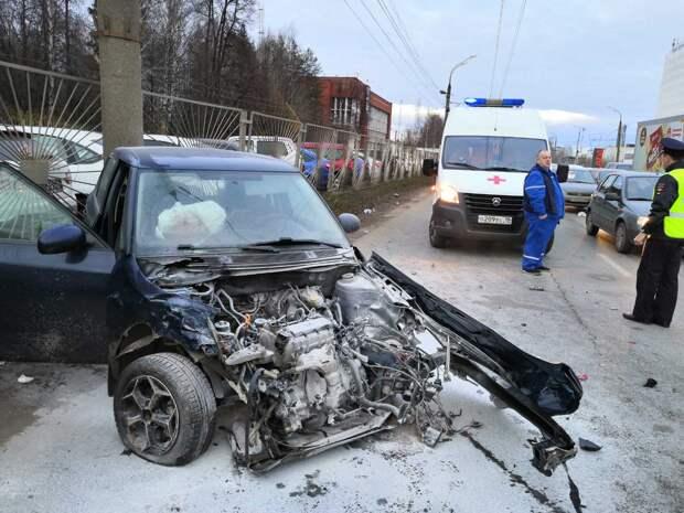 Трое взрослых и ребенок пострадали в массовом ДТП в Ижевске