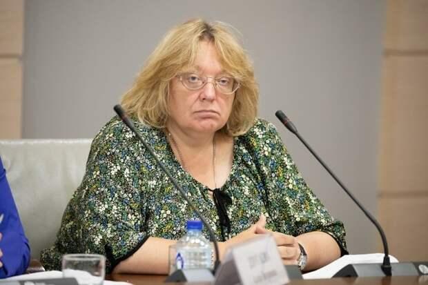 Чиновница из Москвы с доходом в 11 млн заявила, что сможет прожить на 13 тыс. рублей в месяц