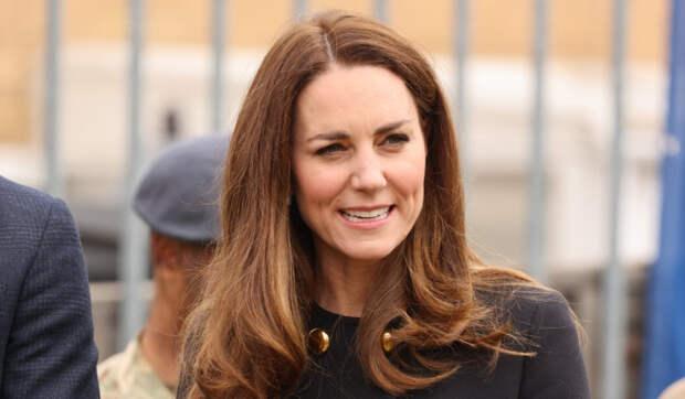 Кейт Миддлтон может стать следующей королевой Великобритании после Елизаветы II
