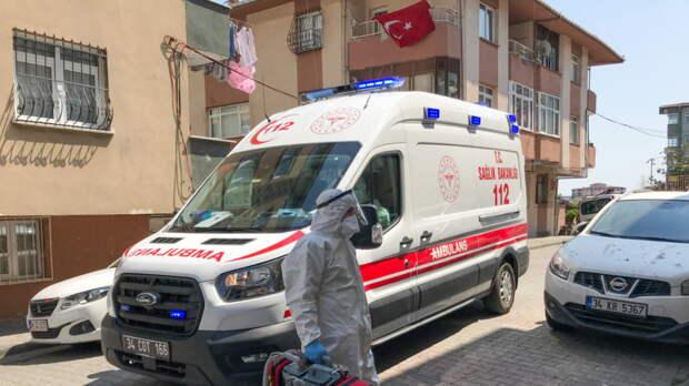 Суточный прирост больных COVID-19 в Турции достиг максимума с мая