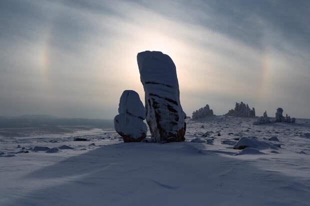 Гранитные города Улахан-Сис.