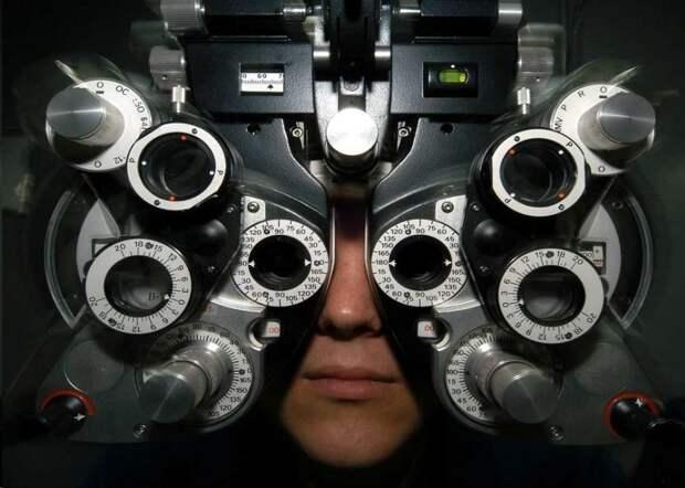 Изобретен фонарик, улучшающий зрение за 3 минуты в день