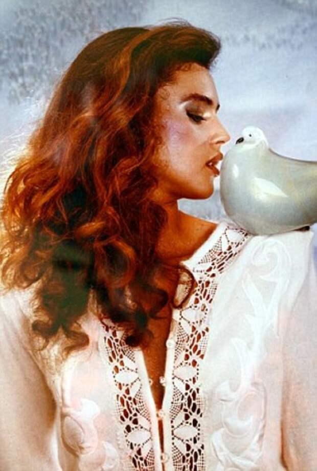 Посмотри, какой Моника Беллуччи была в 1980-е, до того как стала актрисой