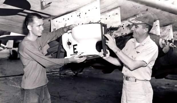 США Бомбили Вьетнам Унитазом.Рассказываю про забавный курьез времен событий во Вьетнаме
