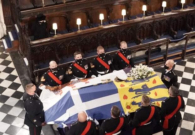Британского принца Филиппа похоронили под русскую молитву (+ВИДЕО, ФОТО)