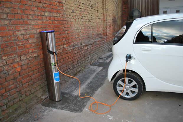 В Москве начались испытания заправок для электромобилей