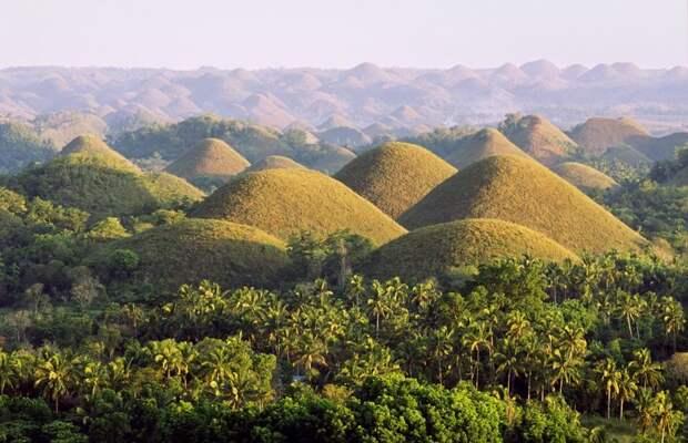 1. Шоколадные холмы на острове Бохол, Филиппины интересно, необитаемые места, природа, удивительные места планеты, фото