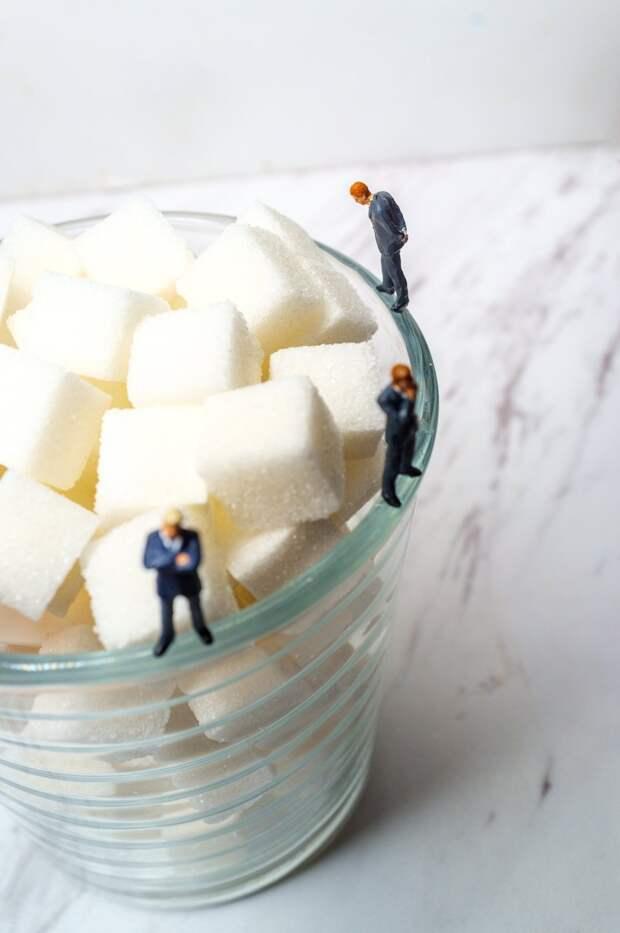 Недостаток российского сахара закроют за счет импорта