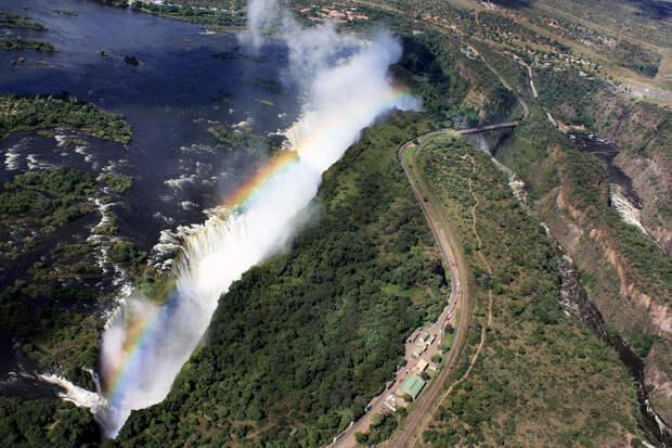 rainbow07 Радуга над самым большим водопадом в мире