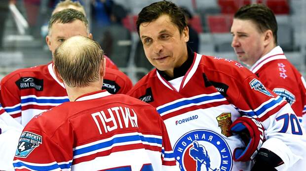 Каменский— обинтервью Панарина про Путина: «Спрашивайте хоккеистов оспорте, анеополитике!»