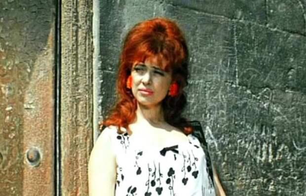 «Цигель-цигель, ай-лю-лю!»: Как Виктория Островская стала актрисой одной роли – проститутки, зазывающей советских туристов