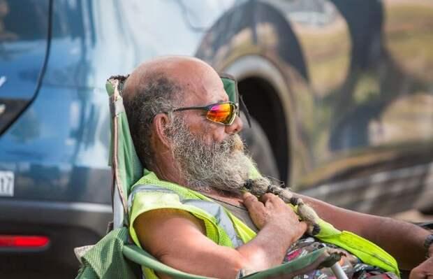 Гавайи – рай для бомжей: 8 фото того, как бездомные заполонили пляжи