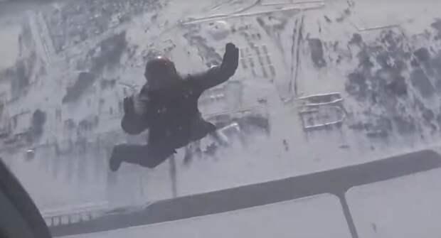Военные спасатели ЦВО провели финальную тренировку встречи экипажа «Союза МС-13»