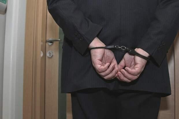 ФСБ задержала посредника передачи взятки экс-замглавы Евпатории