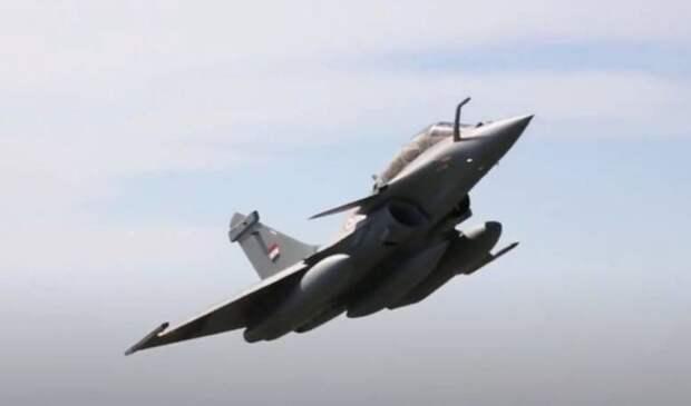 «Пилот Rafale заглушил радар Су-35 без проблем»