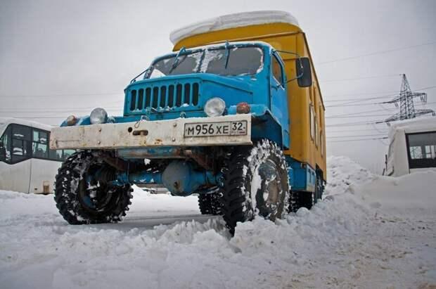 Не похоже не тортик, да ведь? Praga V3S, авто, автомобили, грузовик, грузовой автомобиль, ретро техника, тест-драйв