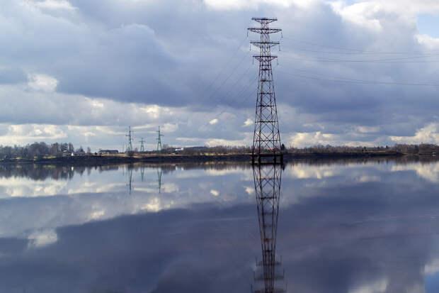 Латвия впервые отказалась от электроэнергии из России