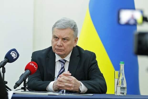 Министра обороны Украины пока увольнять не будут