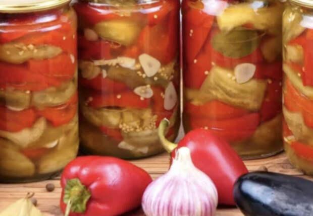 Маринуем перец вместе с баклажанами: салат и закуска в одной банке