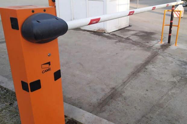 В Краснодаре для проезда экстренных служб освободили от препятствий десятки участков