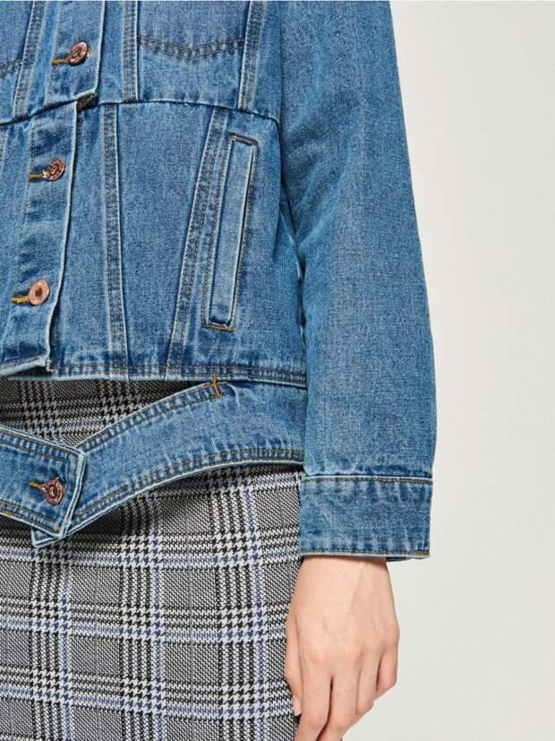 Сдвинутая джинсовка SINSAY